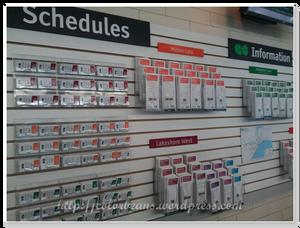 在Toronto Downtown車站的Go-Transit-Schedule