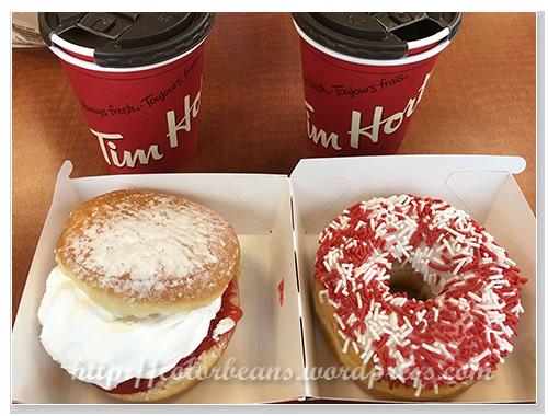 Tim Hortons 加拿大日(Canada Day)甜甜圈