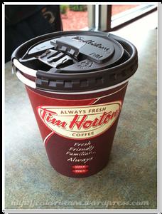 加拿大本土品牌 - Tim Hortons