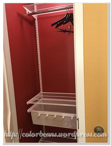 藏在廁所的另一個衣櫃