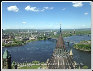 北邊 - 河的對面就是Quebec摟