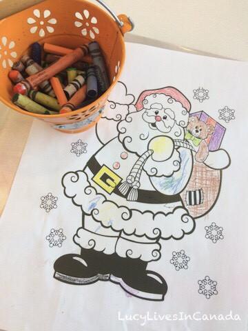 聖誕節前的Santa著色紙