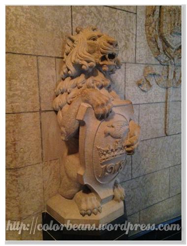 少不了帥氣的石獅子