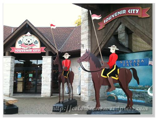 Niagara-Falls Souvenir-City