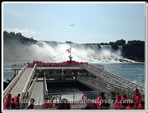 紅色小人就是加拿大端的旅客