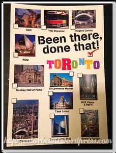 加拿大買明信片寄回台灣當紀念喔