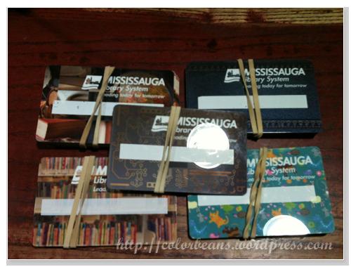 Mississauga 可以自己挑選喜歡的 Library Card
