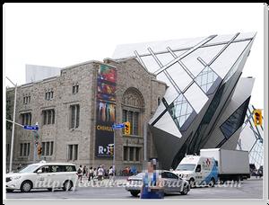 新舊建築並存,但不衝突的美感