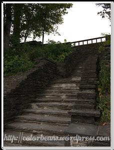 "Overlook觀景臺有階梯可以下去一點點""近看"""