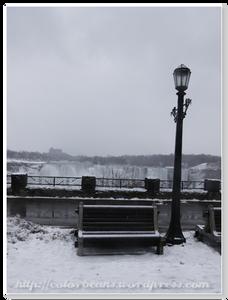 Niagara-Falls 坐公園這裡就可以欣賞瀑布美景