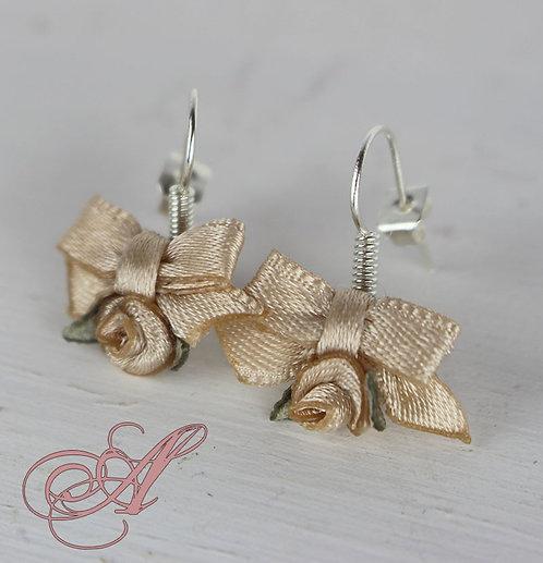 Boucles d'oreilles nœud