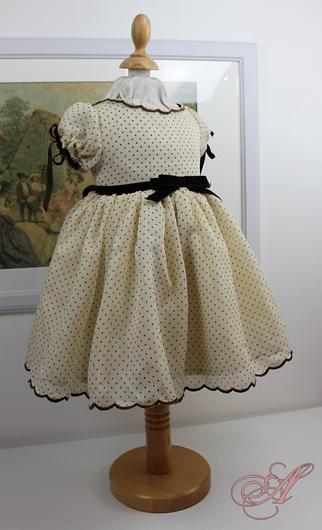 Robe enfant collection Marie-Thérèse de France