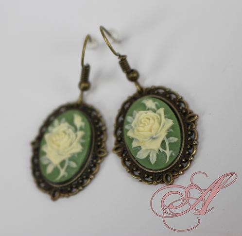 Boucles d'oreilles camée fleur bronze
