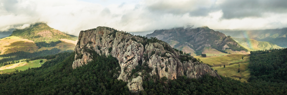 Scenic Rim Rock Wall Pano.jpg