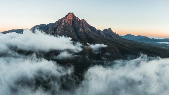 Mt barney inversion pano.jpg