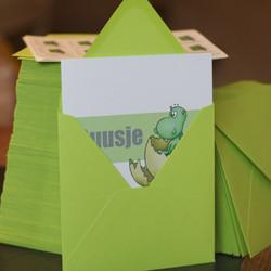 Poef-groene-enveloppen