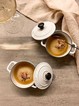 新玉葱の丸ごとスープ