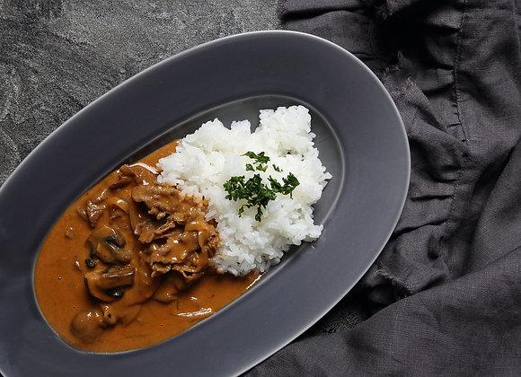 ビーフストロガノフ&レンズ豆と根菜のセサミヴィネグレット