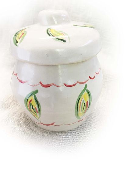 Storage jar 4 cropped.jpg