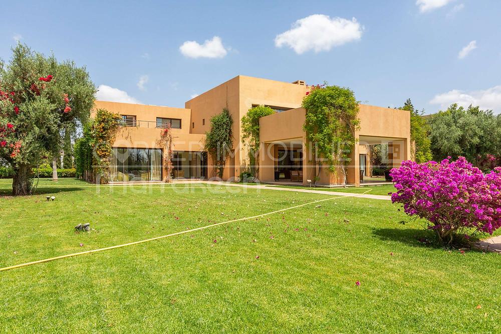 Toutes les offres de villas à acheter sur les golfs de marrakech avec l'agence immobilière corner immobilier.