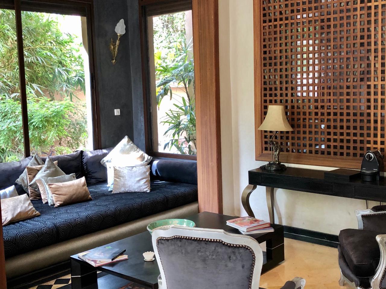 Intérieur rafiné d'une villa à vendre sur Marrakech