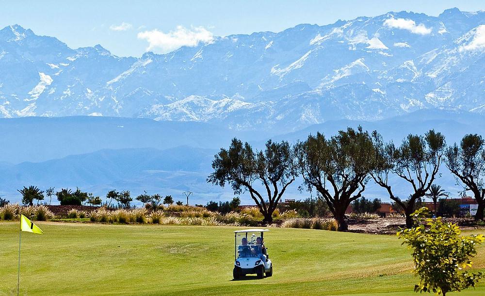 Acheter un terrain à bâtir sur un golf à Marrakech avec l'agence Corner Immobilier.