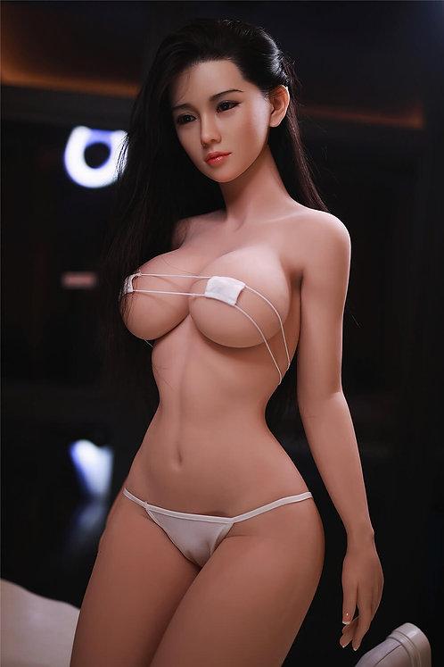 Winnie 161cm (Cabello Implantado)