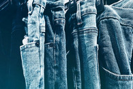 blue-jeans-close-up-cloth-603022.jpg