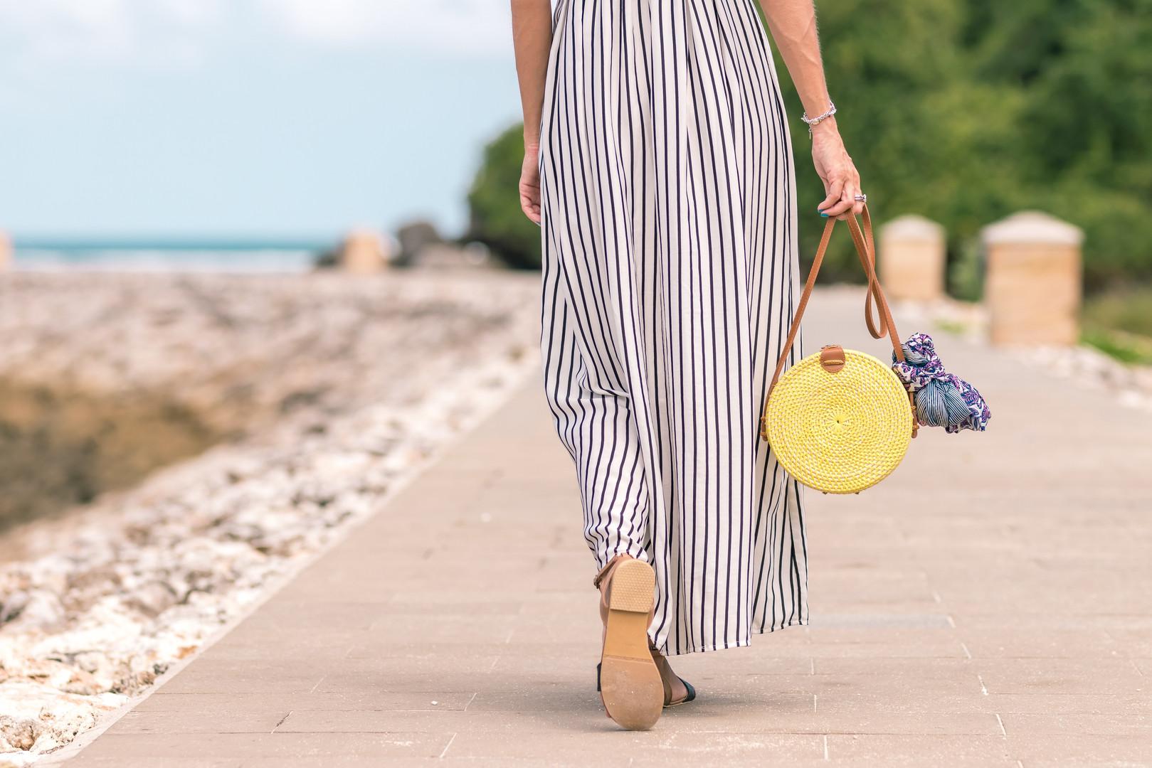 accessories-bag-bright-1100790.jpg