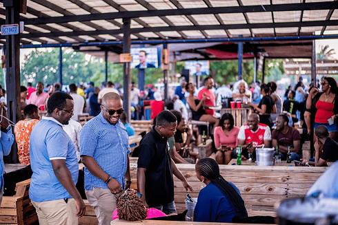 bar-tanzania-min.png