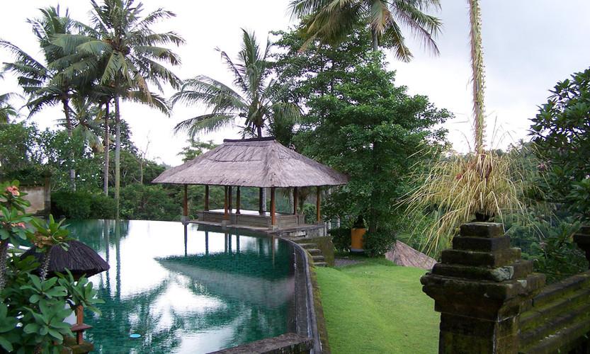 Serafini Mind Spa beautiful pool