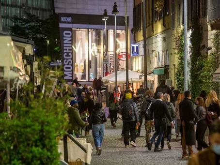 Milano e la Lombardia dicono addio alla mascherina all'aperto dal 28 giugno