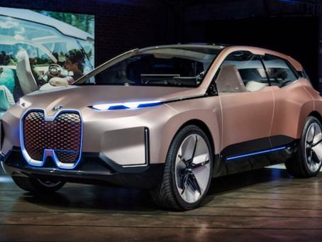 Un weekend per provare le auto elettriche BMW: ecco dove farlo a Milano