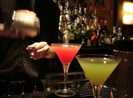 Movida, stop al divieto della vendita di bevande alcoliche da asporto