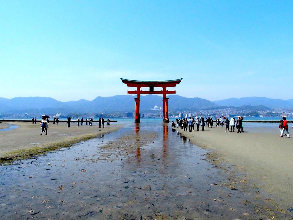 Miyajima, torii, hiroshima
