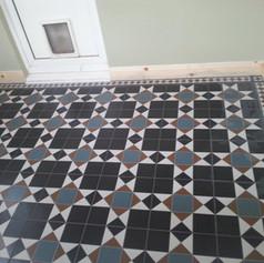 Patterned tile floor
