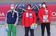 Die Skeltonis Samuel Keiser und Max Goldmann vom Bobclub Frauenfeld belegen am letzen Cup-Rennen die Ränge 1 und 2.