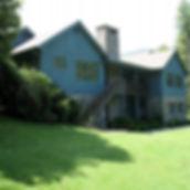 retreat_house_1.-main_image.jpg