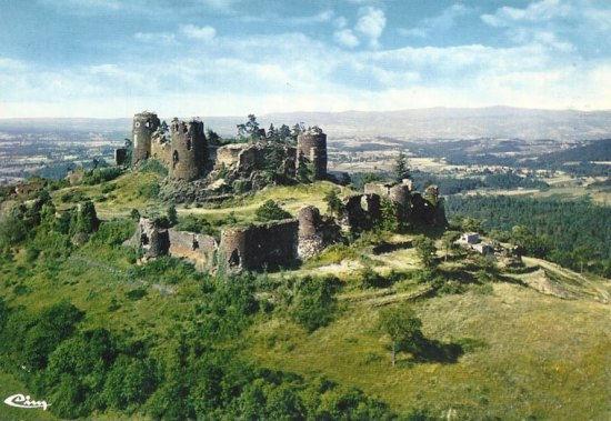 Chateau-Mauzun.jpg