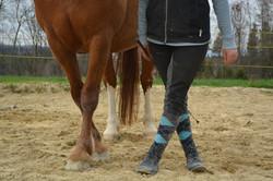 Beine kreuzen