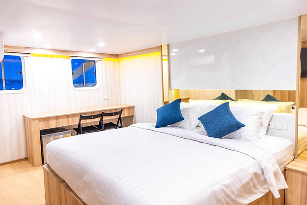 Master Ocean Front cabin.jpg