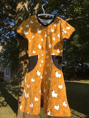 Magnolia dress: Alpacas 4 years