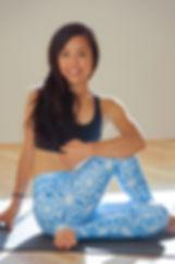 Naomi Torihara ヨガ yoga teacher