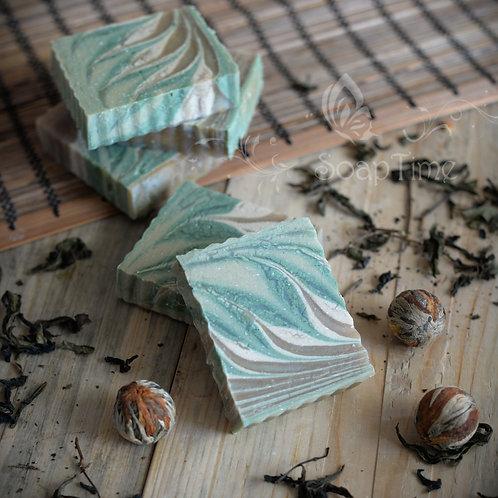 """""""Зеленый чай"""" тонизирующее натуральное мыло"""