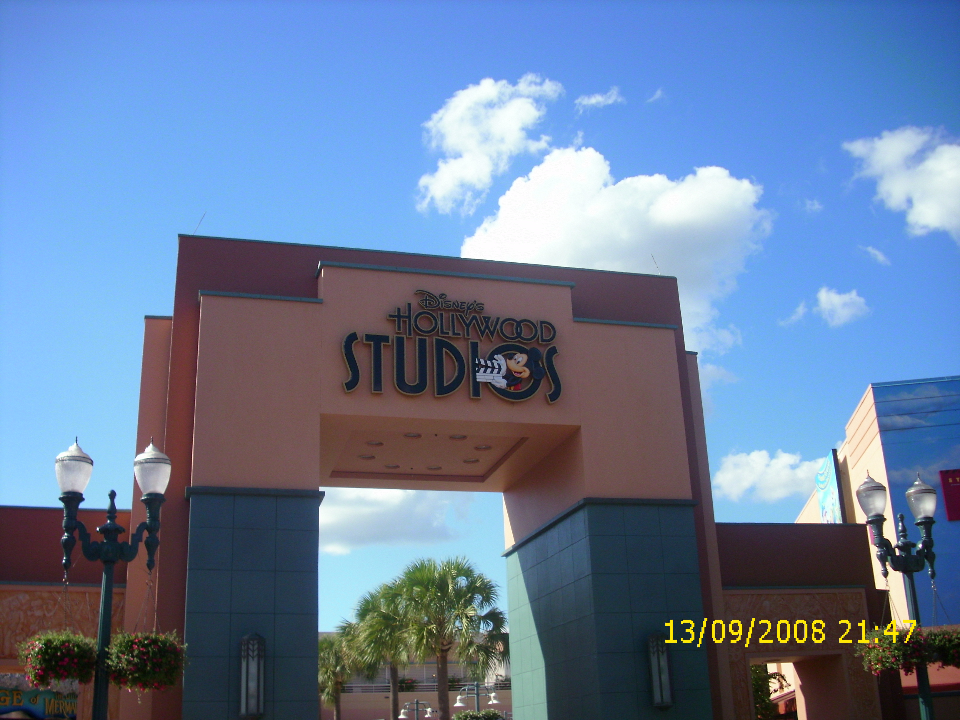 entrance to disney studios mgm