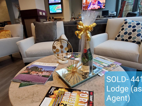 Closing day for 4413 Hunters Lodge Buyer!