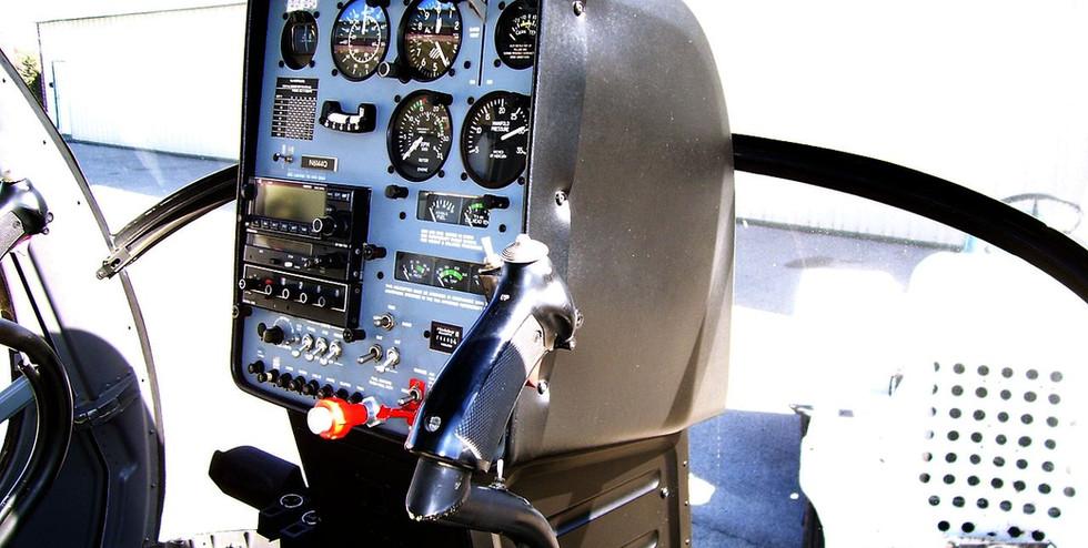 1280px-Schweitzer_300CB_Interior - Copy.