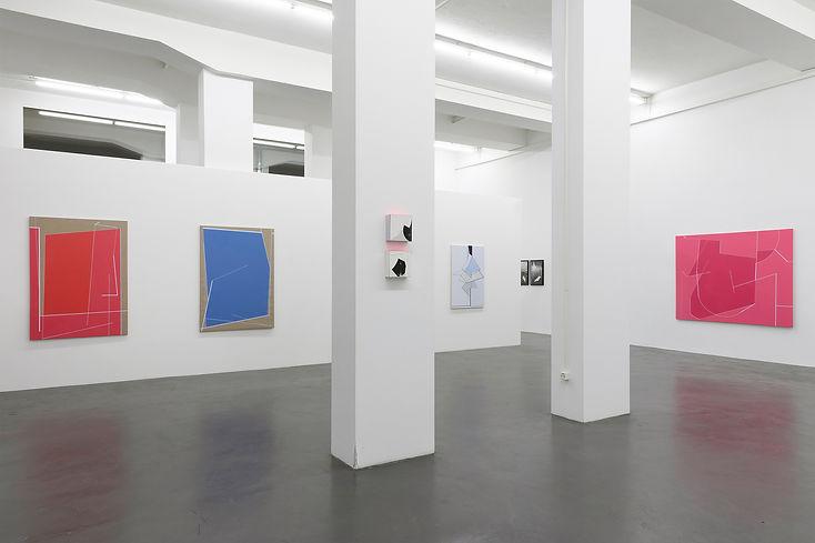 72 Pink parede coluna Zürich Insta  Kopi