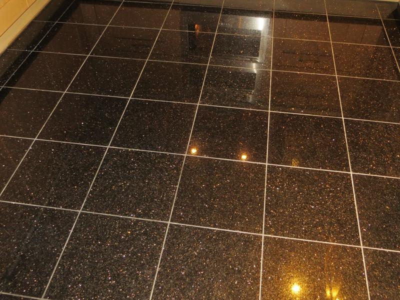 HARD FLOOR CLEANING SPECIALIST