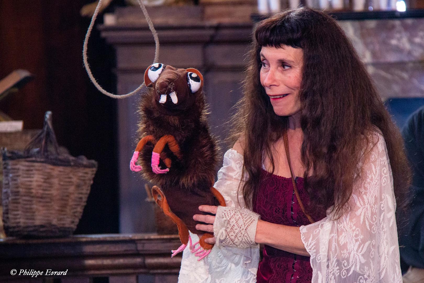 Margot et le rat de château